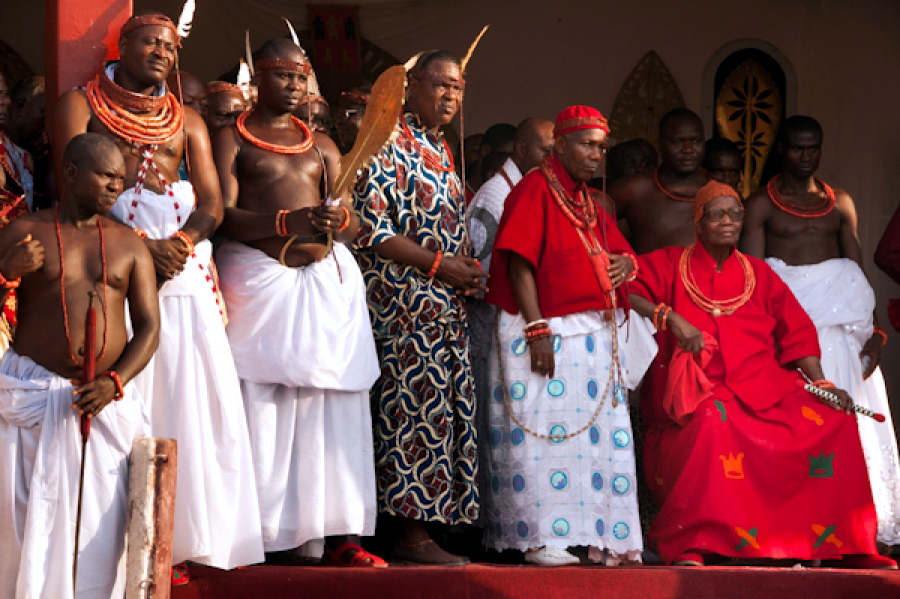 R-L: The Oba, Isekhure and other Chiefs